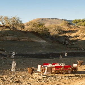 Samara Private Game Reserve - Luxury South Africa Honeymoon Packages - daytime picnic dining