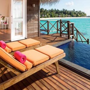 Sun Aqua Vilu Reef - Luxury Maldives honeymoon packages - Aqua Villa exterior deck