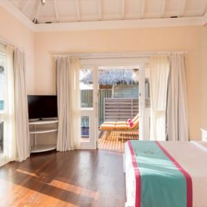 Sun Aqua Vilu Reef - Luxury Maldives honeymoon packages - Aqua Villa interior bedroom
