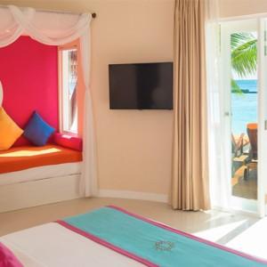 Sun Aqua Vilu Reef - Luxury Maldives honeymoon packages - Beach villas interior