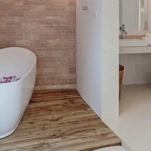 Sun Aqua Vilu Reef - Luxury Maldives honeymoon packages - Deluxe Beach villas bathroom