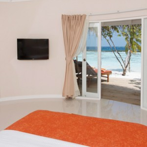 Sun Aqua Vilu Reef - Luxury Maldives honeymoon packages - Deluxe Beach villas interior