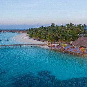 Sun Aqua Vilu Reef - Luxury Maldives honeymoon packages - Nautilus Bar