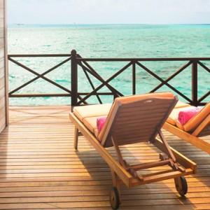 Sun Aqua Vilu Reef - Luxury Maldives honeymoon packages - Reef Villa exterior deck