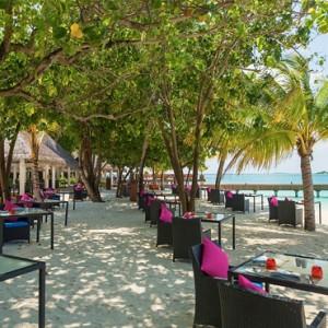 Sun Aqua Vilu Reef - Luxury Maldives honeymoon packages - Well Done restaurant