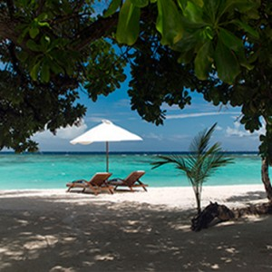 Velassaru Maldives - Luxury Maldives Honeymoon Packages - Beach Villa garden