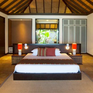 Velassaru Maldives - Luxury Maldives Honeymoon Packages - Beach Villa interior