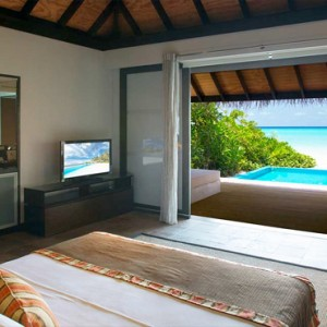 Velassaru Maldives - Luxury Maldives Honeymoon Packages - Beach Villa with pool interior