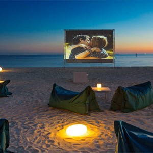 Velassaru Maldives - Luxury Maldives Honeymoon Packages - Beach cinema