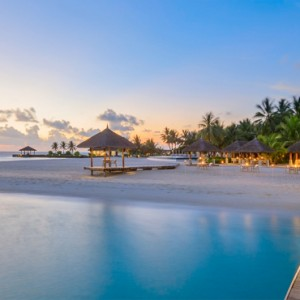 Velassaru Maldives - Luxury Maldives Honeymoon Packages - Sand restaurant exterior