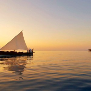 Velassaru Maldives - Luxury Maldives Honeymoon Packages - Sunset cruise