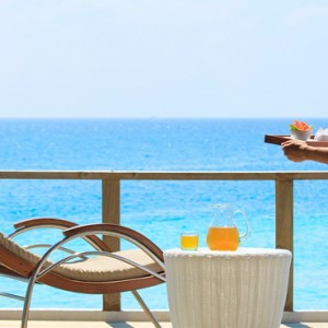 Velassaru Maldives - Luxury Maldives Honeymoon Packages - The spa deck
