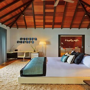 Velassaru Maldives - Luxury Maldives Honeymoon Packages - Water Suite interior bedroom