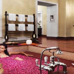 Vivanta By Taj - Coral Reef - Luxury Maldives Honeymoon Packages - Spa bath treatment