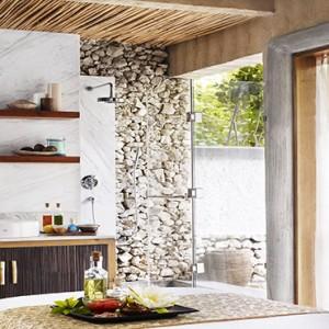 Vivanta By Taj - Coral Reef - Luxury Maldives Honeymoon Packages - Spa treatment room1
