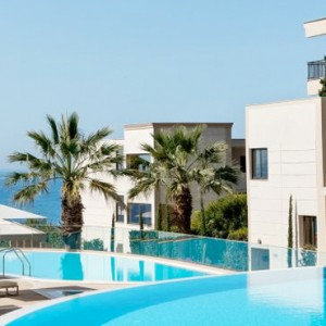 pool 2- Ikos Oceania Halkidiki - Luxury Greece Holiday Packages