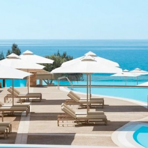 pool 3- Ikos Oceania Halkidiki - Luxury Greece Holiday Packages