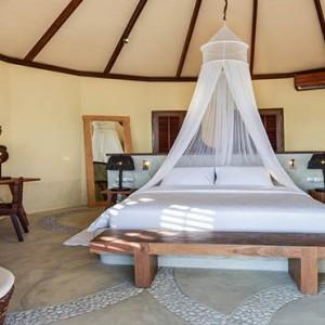 Drift Thelu Velga Retreat - Luxury Maldives Honeymoon packages - Beach Villa interior