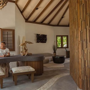 Drift Thelu Velga Retreat - Luxury Maldives Honeymoon packages - Spa reception