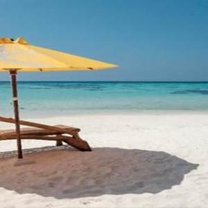 Drift Thelu Velga Retreat - Luxury Maldives Honeymoon packages - beach