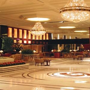 Hong Kong Honeymoon Packages Kowloon Shangri La Lobby