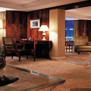 Hong Kong Honeymoon Packages Kowloon Shangri La Presidential Suite
