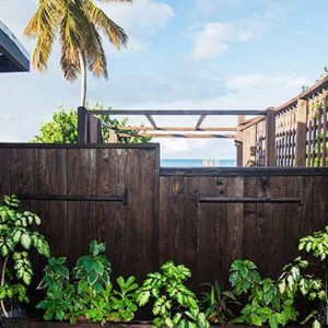 Keyonna Beach - Luxury Antigua Honeymoon Packages - Al fresco shower - cottage unit