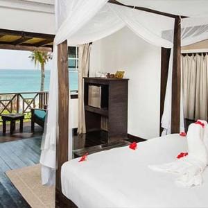 Keyonna Beach - Luxury Antigua Honeymoon Packages - Beach house room with seaview