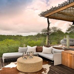 Lion Sands Game Reserve - Luxury South Africa Honeymoon Packages - Kingston treehouse interior