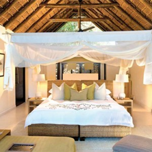 Lion Sands Game Reserve - Luxury South Africa Honeymoon Packages - River lodge interior