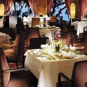 Malaysia Honeymoon Packages Shangri La Rasa Sayang Resort Feringgi Grill