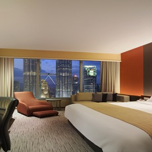 Malaysia Honeymoon Packages Traders Kuala Lumpur Deluxe Twin Towers View Room