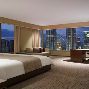 Malaysia Honeymoon Packages Traders Kuala Lumpur Executive Twin Towers View Room