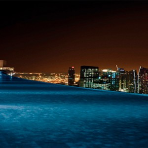 Marina Bay Sands - Luxury Singapore Honeymoon Packages - infinity rooftop pool at night