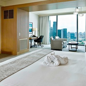 Marina Bay Sands - Luxury Singapore Honeymoon Packages - Club room1