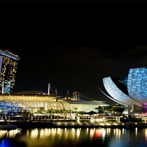 Marina Bay Sands - Luxury Singapore Honeymoon Packages - Marina bay at night