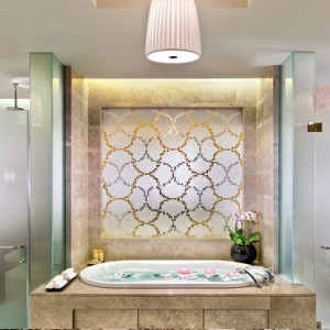 Marina Bay Sands - Luxury Singapore Honeymoon Packages - Presidential Suite bathroom