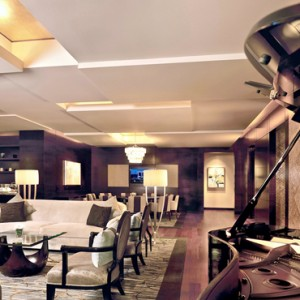 Marina Bay Sands - Luxury Singapore Honeymoon Packages - Presidential Suite living area