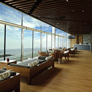 Marina Bay Sands - Luxury Singapore Honeymoon Packages - Relaxation deck