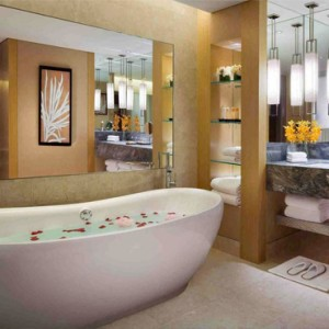 Marina Bay Sands - Luxury Singapore Honeymoon Packages - Sands Suite bathroom