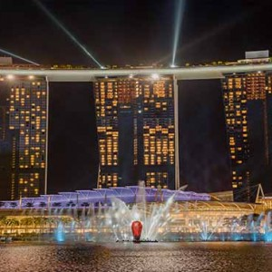Marina Bay Sands - Luxury Singapore Honeymoon Packages - Spectra light show