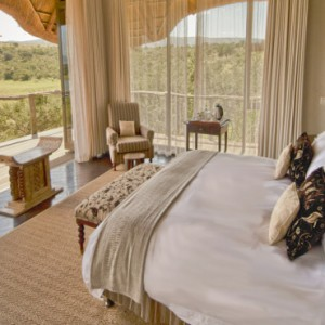 Pumba Private Game reserve - Luxury South Africa Honeymoon Packages - Bush Lodge Msenge Chalets interior1