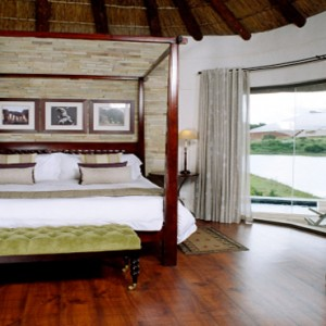 Pumba Private Game reserve - Luxury South Africa Honeymoon Packages - Water Lodge interior1