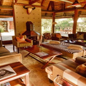 Pumba Private Game reserve - Luxury South Africa Honeymoon Packages - lodge living area