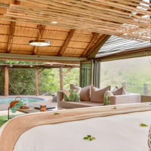 Shamwari Game Reserve - Luxury South Africa Honeymoon Packages - Bayethe Tented lodge interior