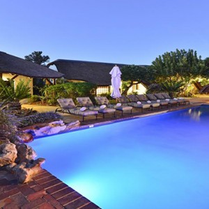 Shamwari Game Reserve - Luxury South Africa Honeymoon Packages - Lodge pool