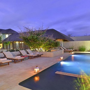 Shamwari Game Reserve - Luxury South Africa Honeymoon Packages - lodge pool1