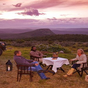 Shamwari Game Reserve - Luxury South Africa Honeymoon Packages - safari dining