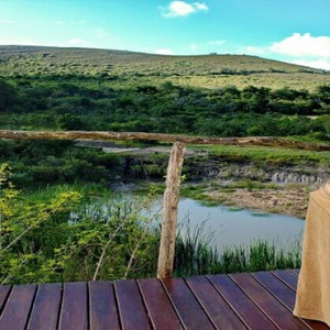 Shamwari Game Reserve - Luxury South Africa Honeymoon Packages - spa outdoors