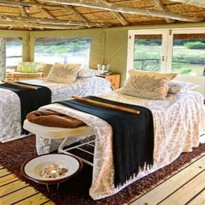 Shamwari Game Reserve - Luxury South Africa Honeymoon Packages - spa treatment room1